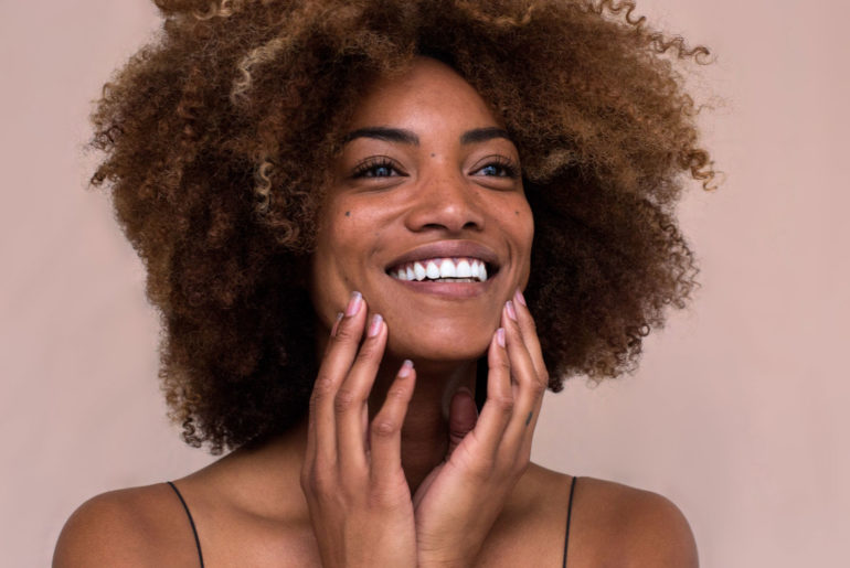 Natural exfoliator: radiant glow for your skin – without microplastics!